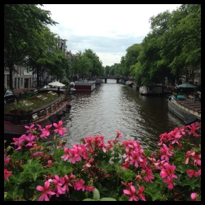 amsterdam running canal luciapascual