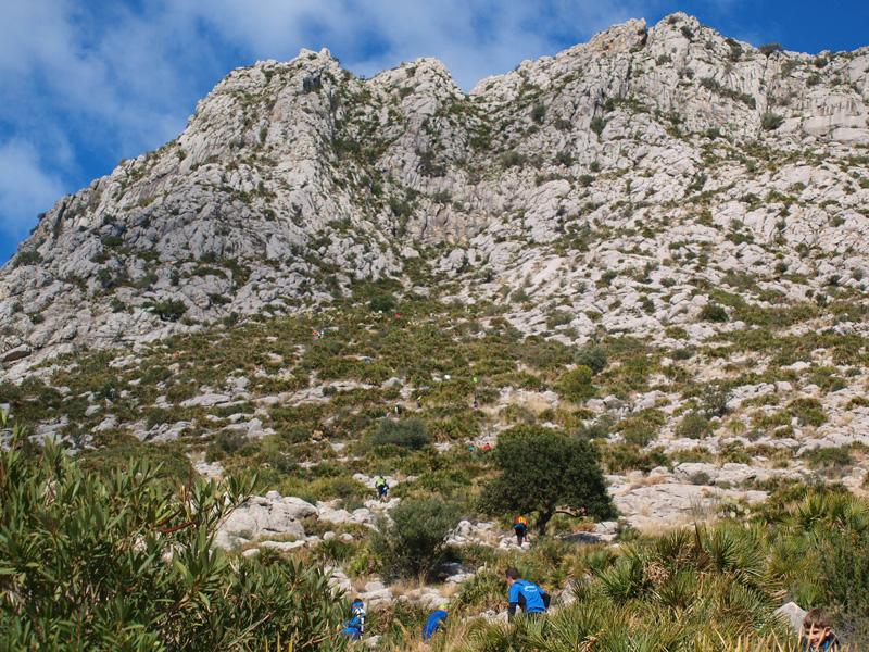 gegant-de-pedra-cara-sur-subida-runners-montaña-lucia-pascual